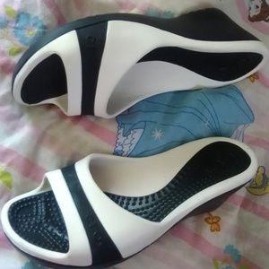 black white crocs wedge heels size 9